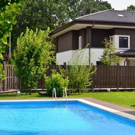 oxgord-gardens-piscina-vila