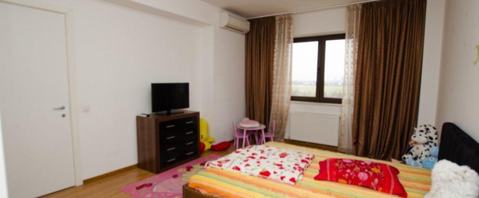 Iancu Nicolae vanzare apartament 3 camere Strip Mall