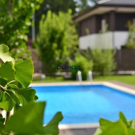 vie-piscina-oxford-gardens