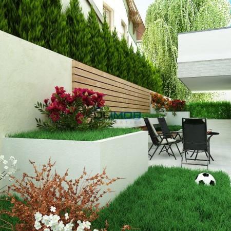 terasa-cu-curte-natural-residence